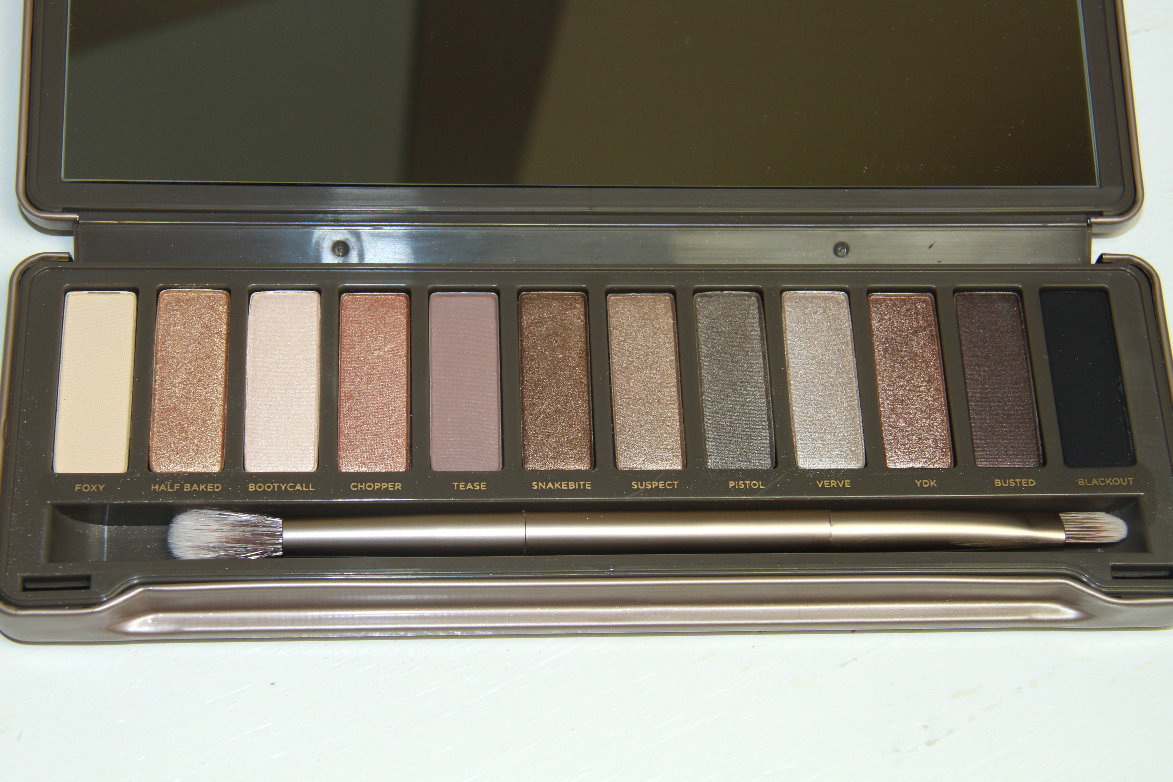 Urban Decay Naked vs Naked 2 Eyeshadow Palette Comparisons