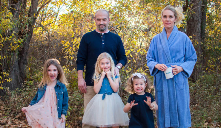 Why I Wore My Robe to Family Picture Day #BoycottThePerfectShot